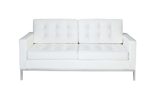 Knoll Loveseat – White
